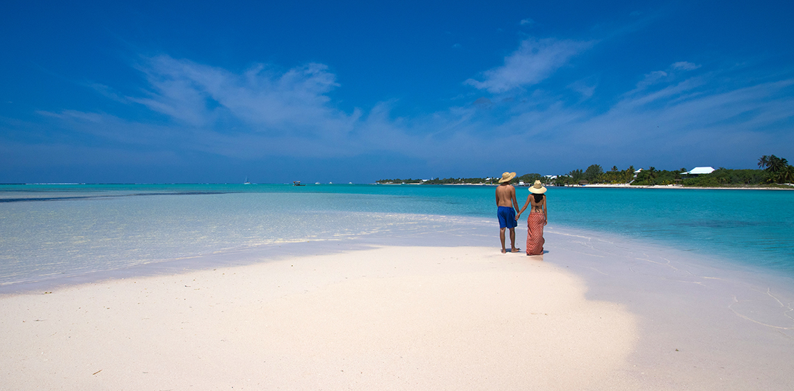 Plan your honeymoon, anniversary, destination wedding or babymoon in the Cayman Islands.