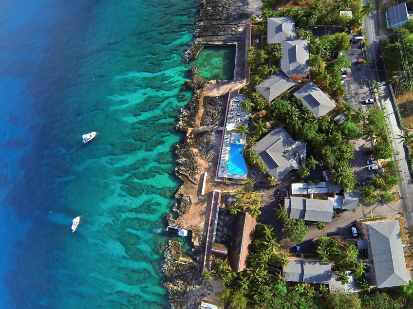A laid back hotel with numerous amenities for the diving and snorkeling enthusiast.